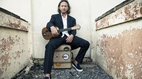 eddie vedder devine ukuleles