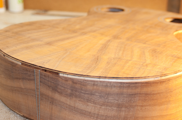 koa guitar binding