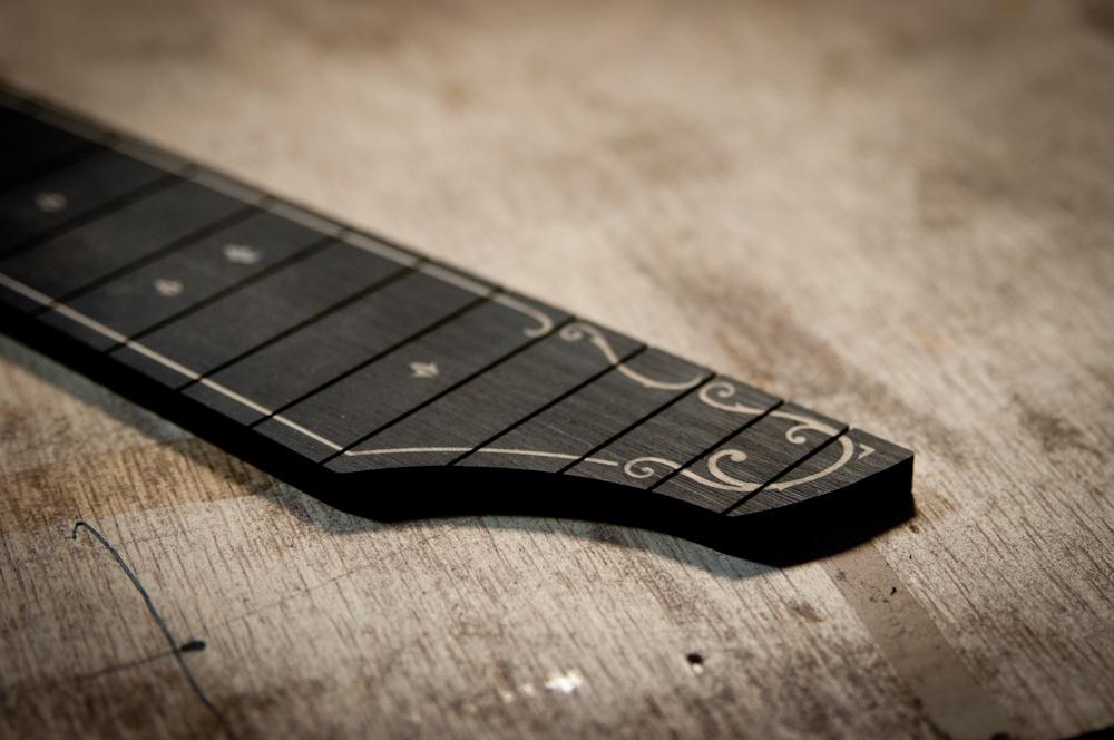 ukulele-ebony-fingerboard